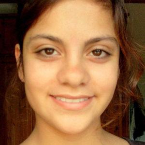 Mädchen mit braunen Augen